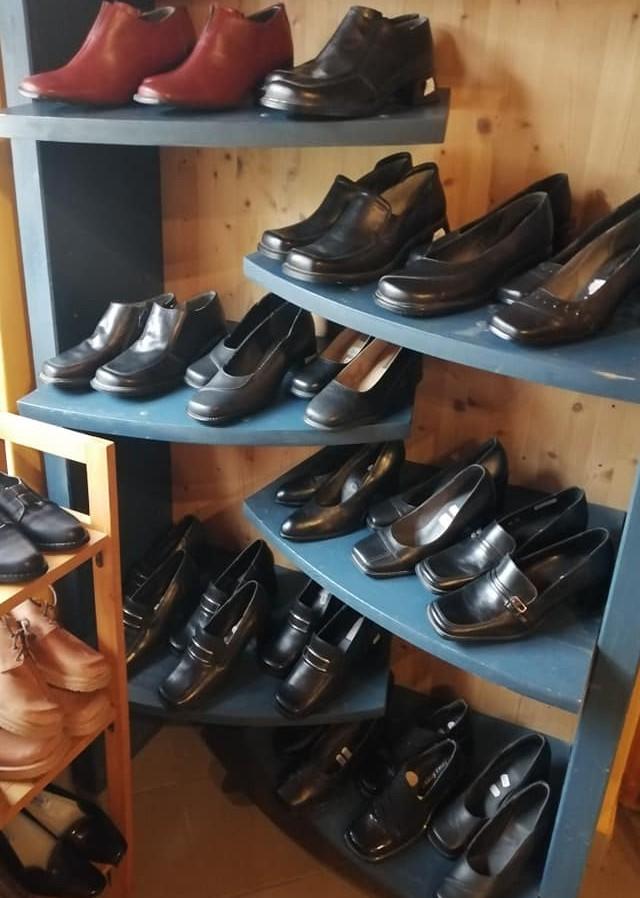Munkaruházati Üzlet, Cipő Bolt Gárdony